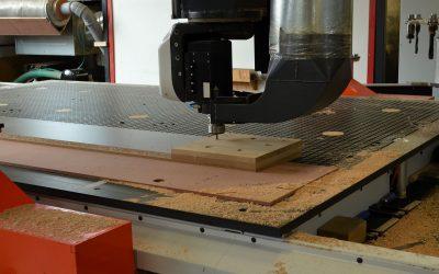 Tâmplărie cu mașini CNC – tâmplărie crudă, uși, ferestre