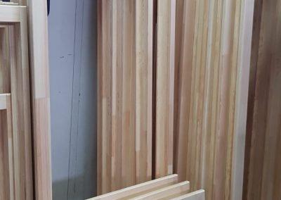 Rame pentru ferestre din lemn