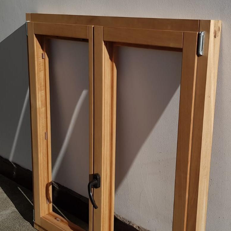Tamplărie cu masini CNC - ferestre lemn